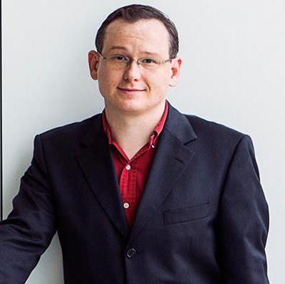 Associate Professor Will   Felps