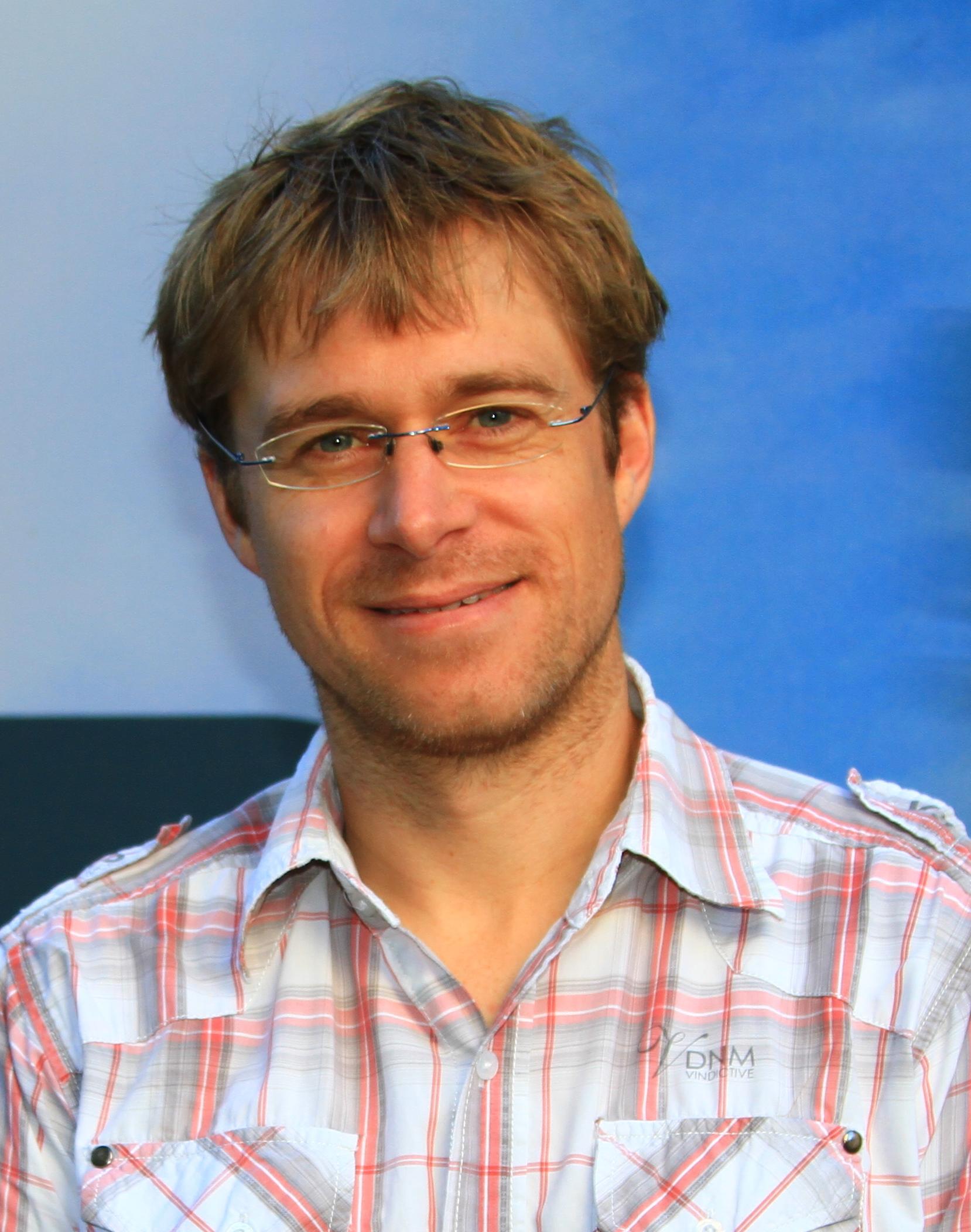 Dr John Elliott Daniels