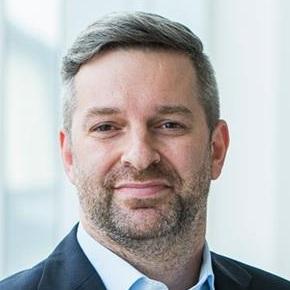 Professor Markus   Hoellerer