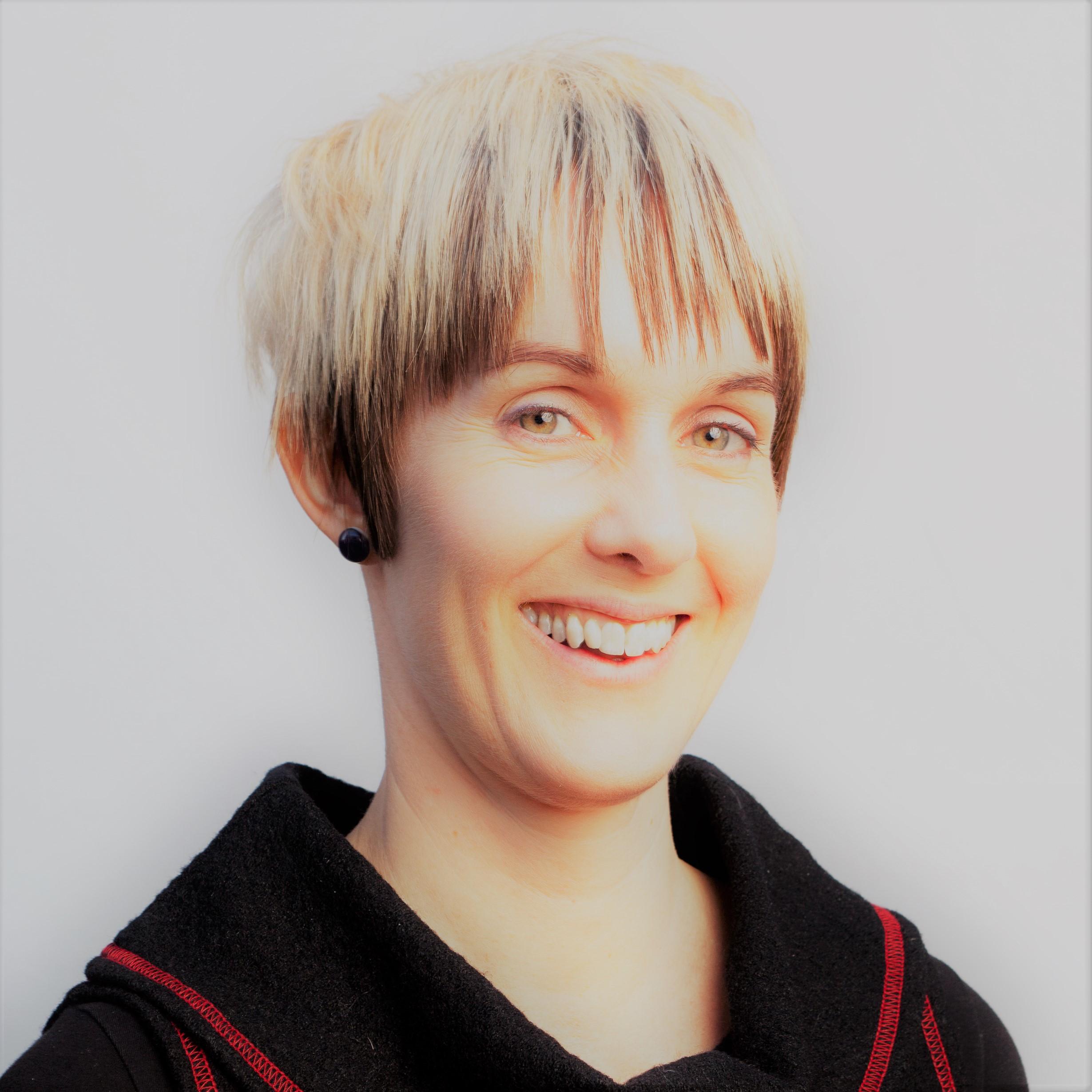 Dr Monica Jane Barratt