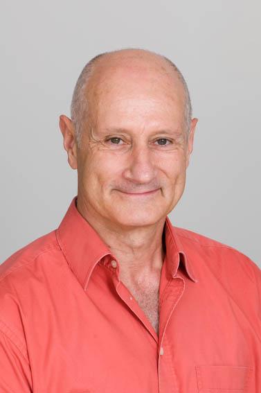 Associate Professor Manolete   Mora