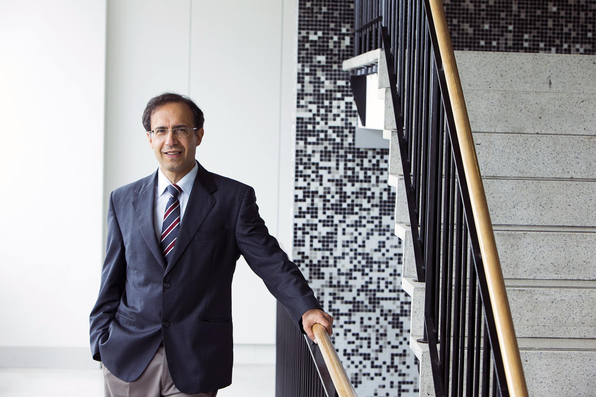 Professor Fariborz   Moshirian