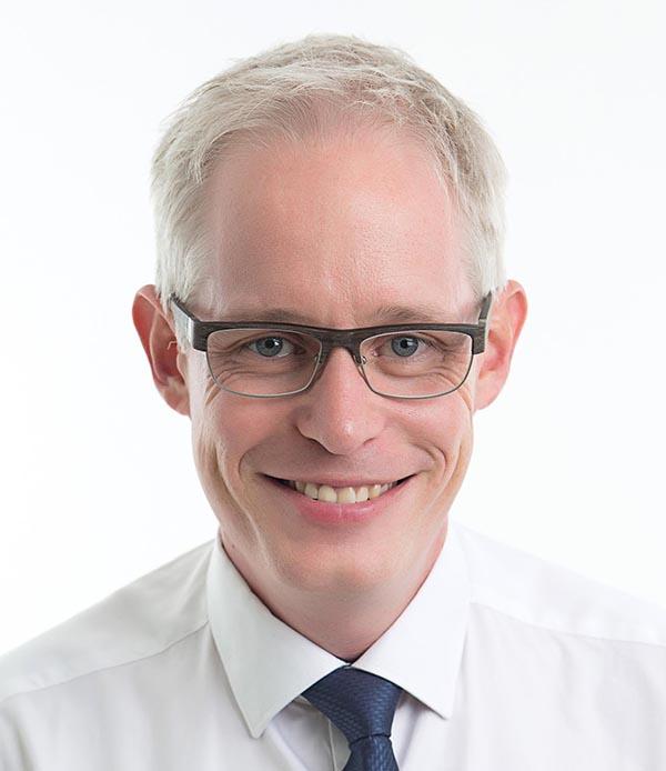 Dr Paul   Gifford
