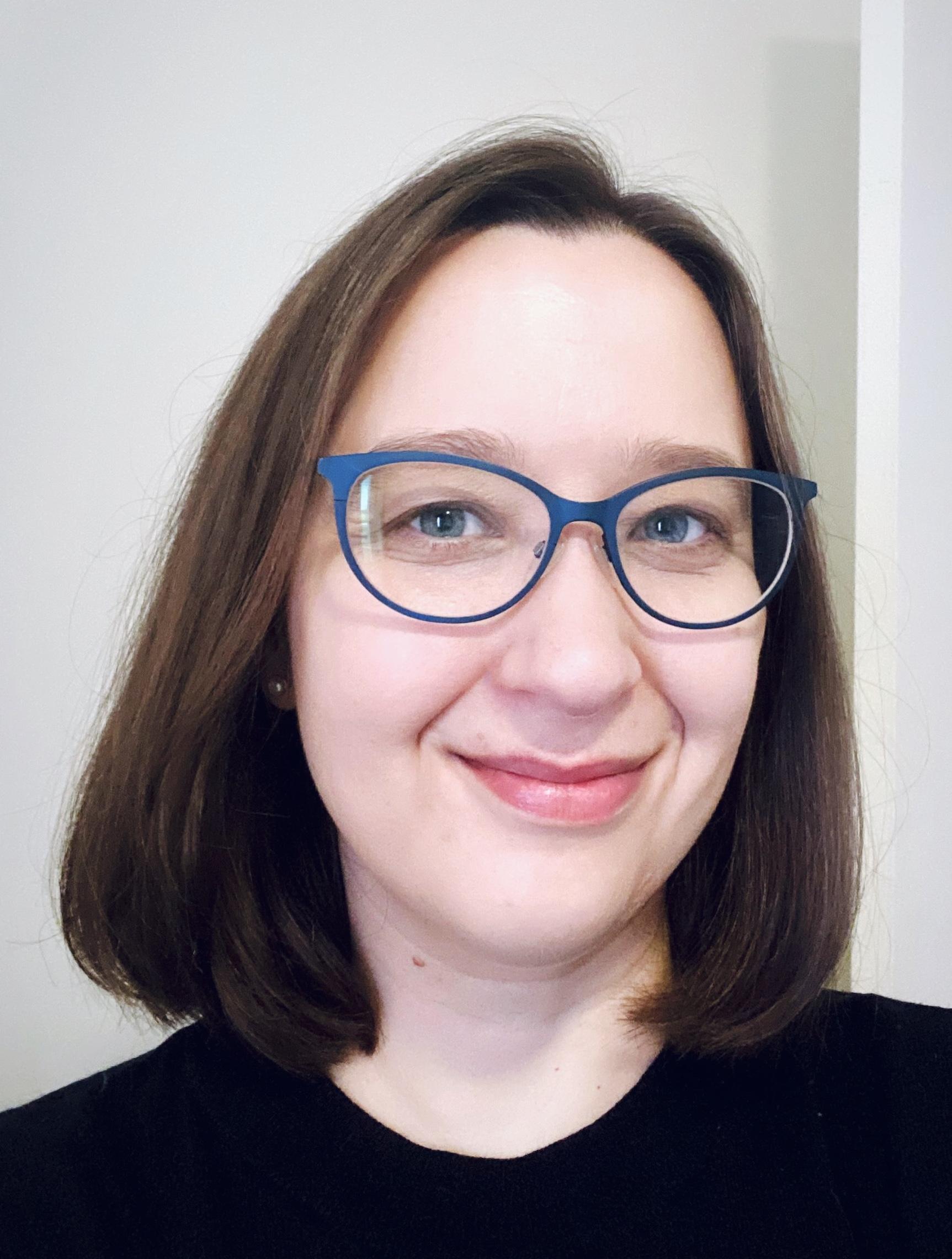 Dr Andrea   Schaffer