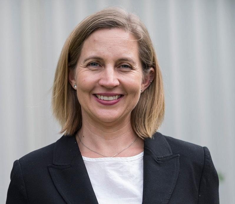 Dr Sacha Jade Stelzer-Braid