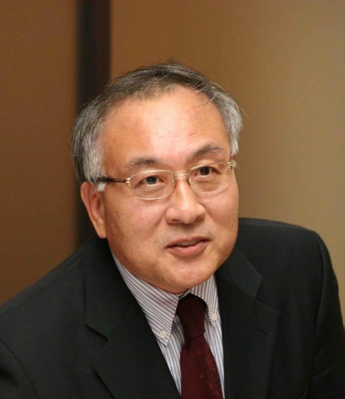 Dr Gi-Hyun   Shin