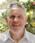 Dr Steven   Katz