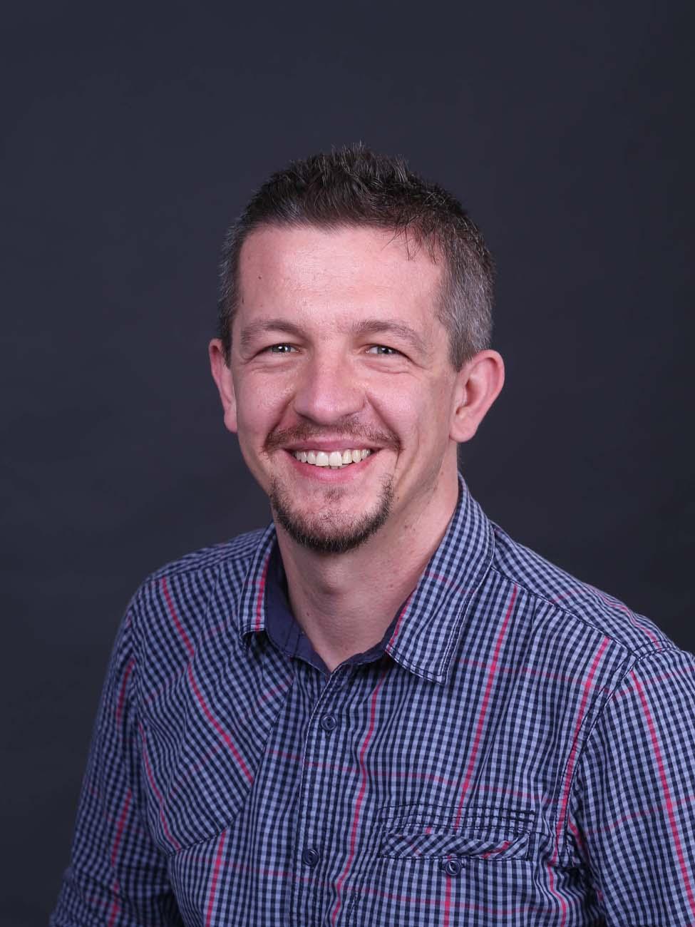 Dr Michal Marcin Szczesniak