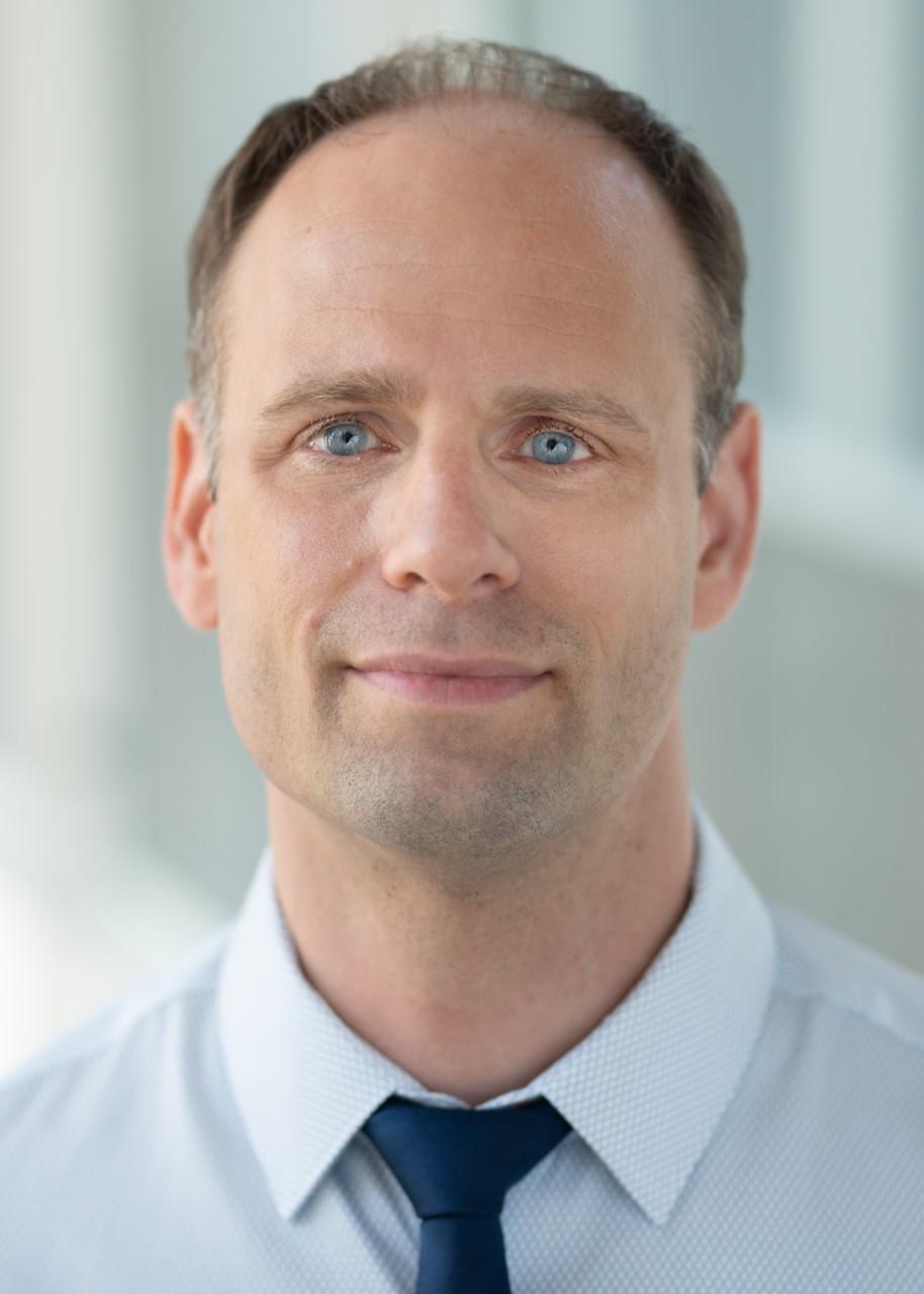 Associate Professor Alexandre   Jeanneret