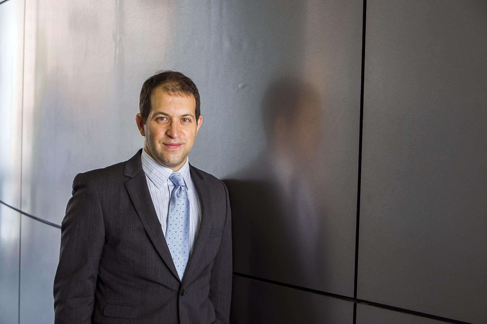 Dr Robert Michael Tumarkin