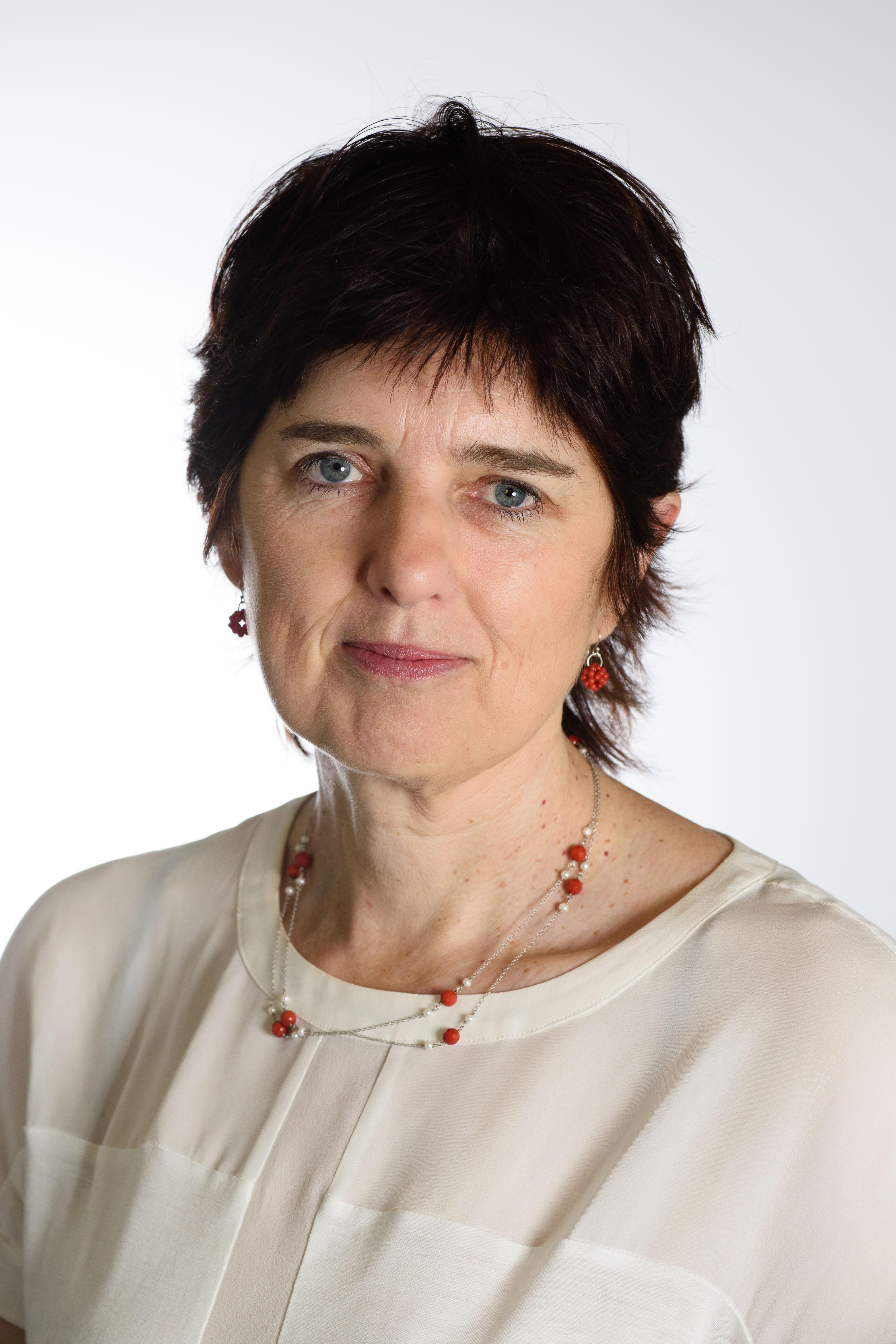 Professor Robyn   Ward